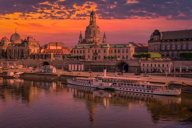 Schlampe aus Dresden (SN, Landeshauptstadt)