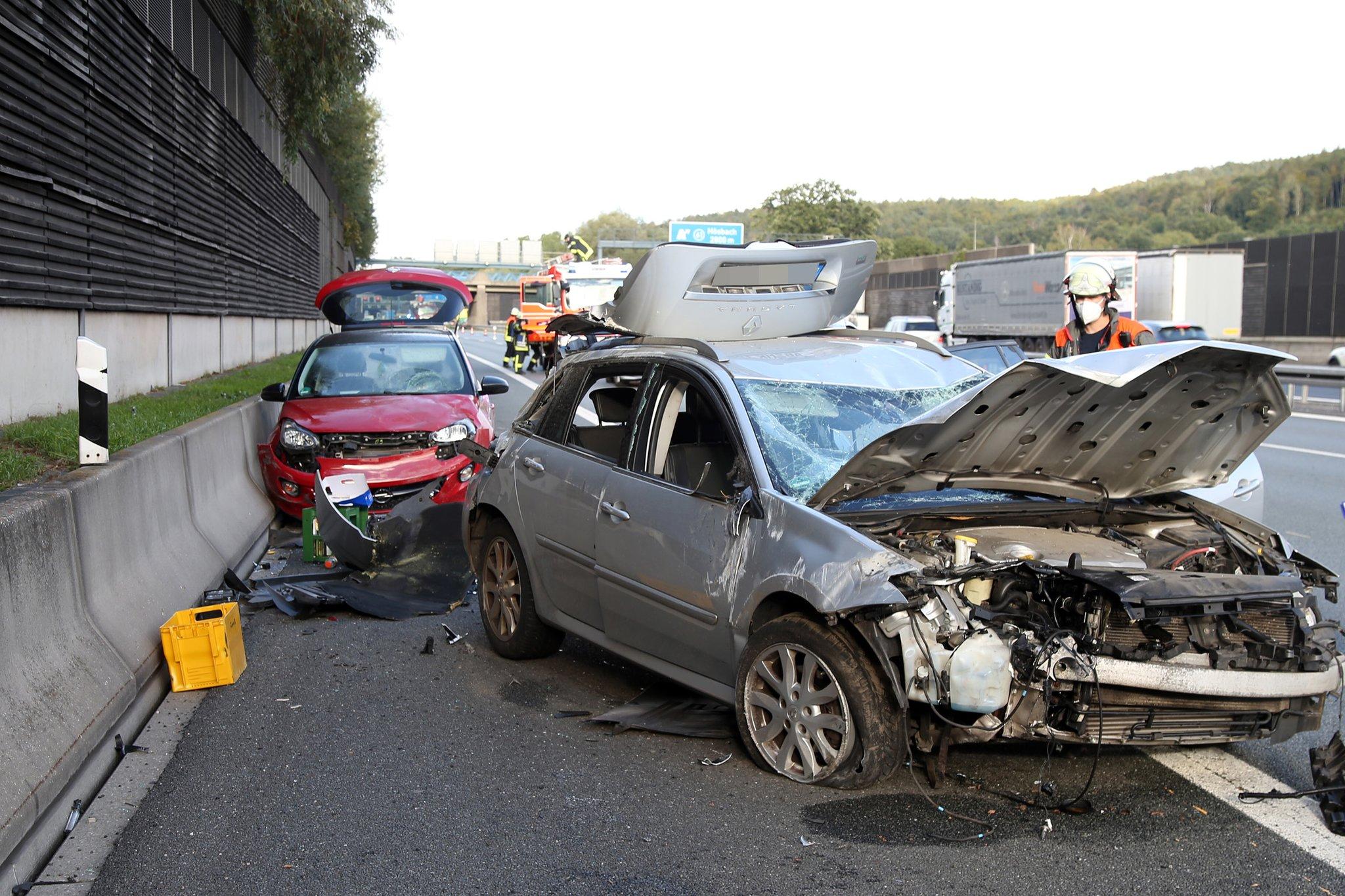 Vollsperrung Der Autobahneinhausung Verkehrsunfall Auf Der A3 Bei Goldbach Am 10 09 2020 Goldbach