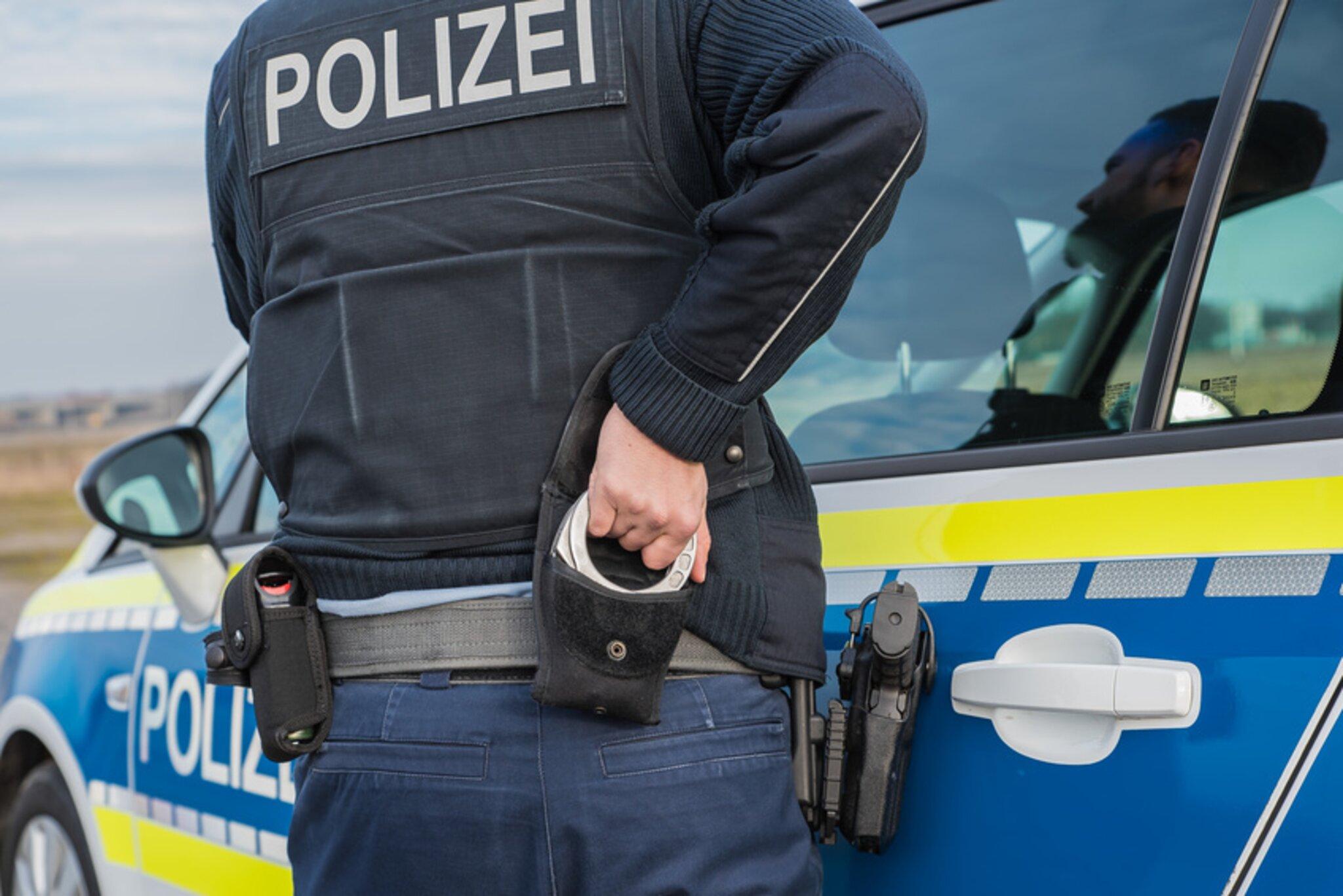 Raum-Obernburg-Drogenrausch-Roller-ohne-Versicherungsschutz-Unfallflucht-Kleintraktor-ohne-Zulassung