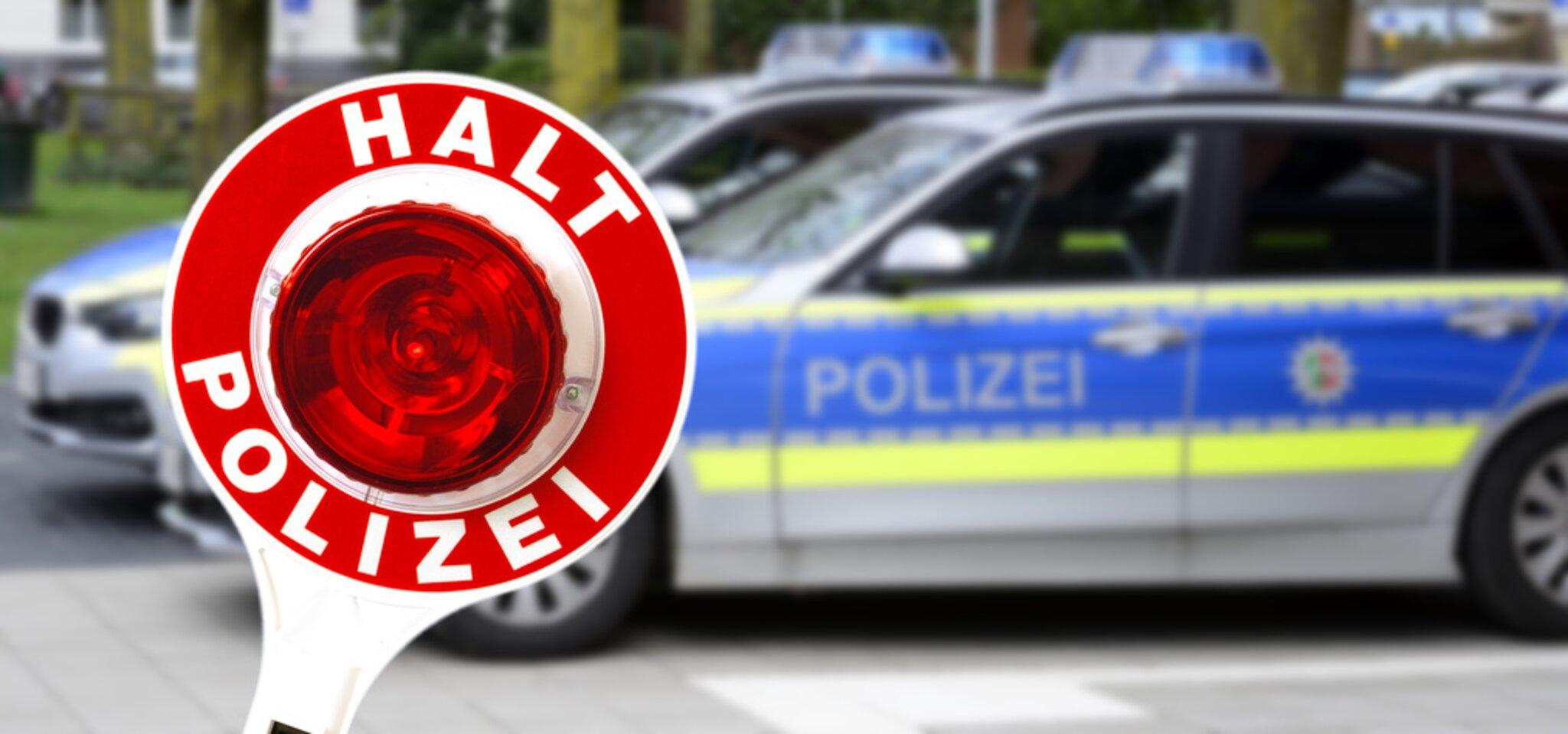 Lohr-a-Main-Wombach-Auffahrunfall-Parkplatzunfall-Fahrzeug-zerkratzt